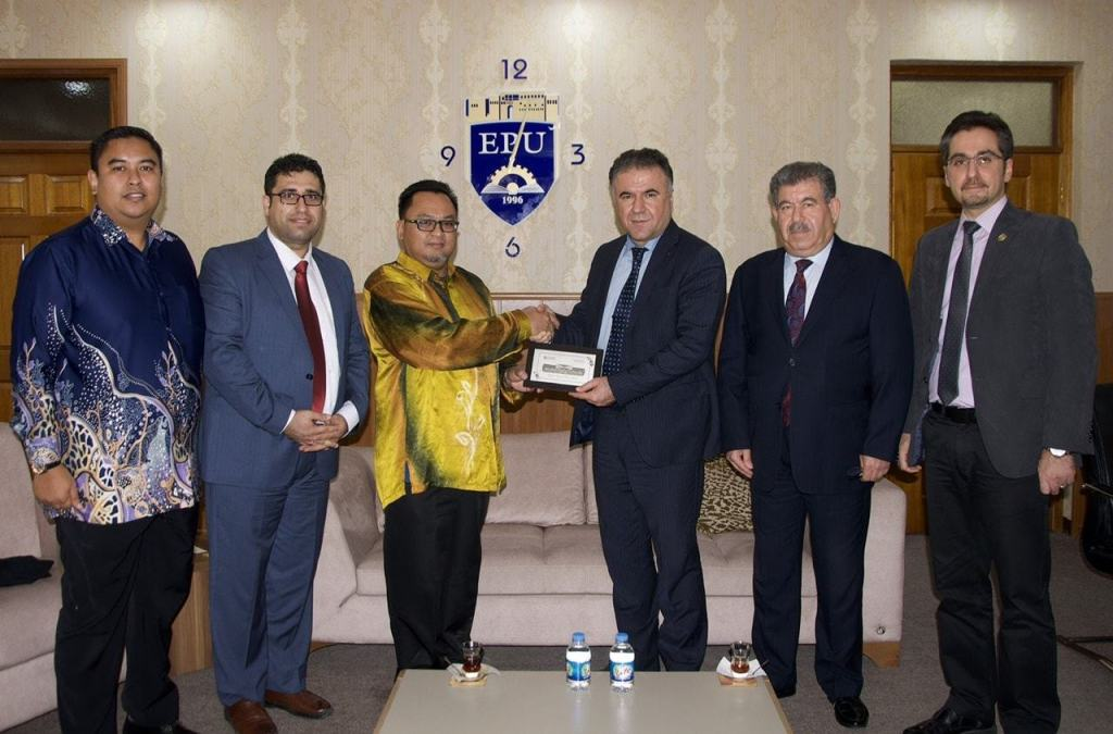 EPU hosted a delegation from UTHM