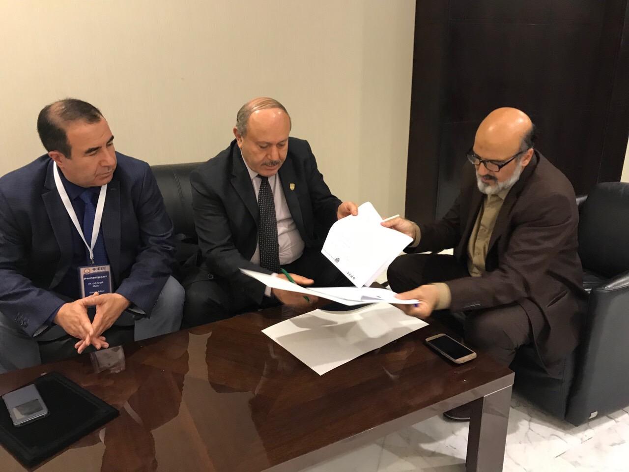 Signing a memorandum of understanding with IEEE